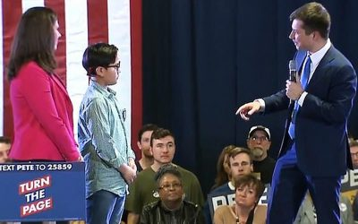 Gay Mayor Pete Buttigieg Leads 9-Year Old Boy Into The LGBTQ+P For Pedophile Movement As Highlight Of Campaign Rally Event